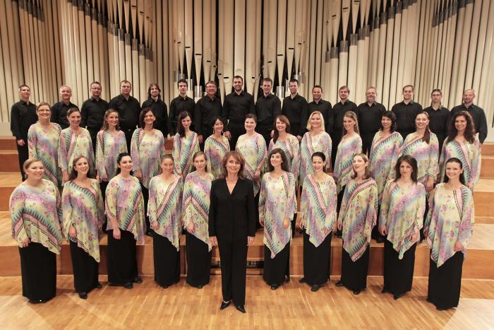Spevácky zbor Lúčnica -  foto(c) Ctibor Bachratý