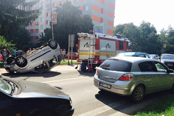 auto na streche bratislavska cesta