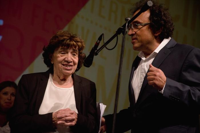 Zuzana Mináčová a jej syn Vladimír Mináč uviedli slovenskú premiéru filmu Očami fotografky