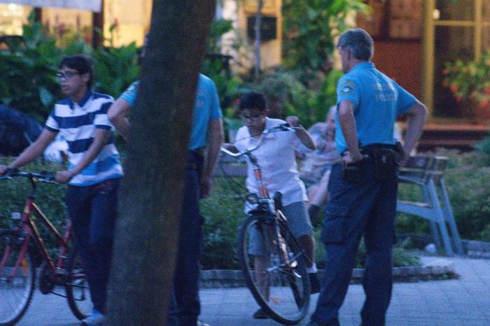 cyklisti mestska policia pesia zona