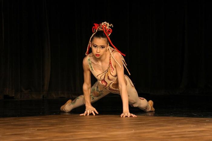 dance 4