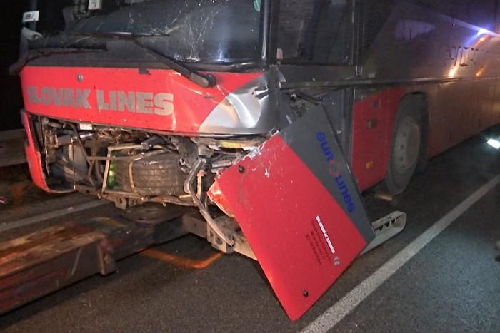 dopravna nehoda autobus