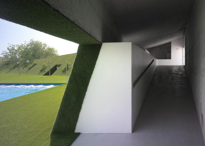 Verejné kúpalisko v Lobres, Autor: DJarquitectura Foto: Jesus Granada Zdroj: archiweb.cz