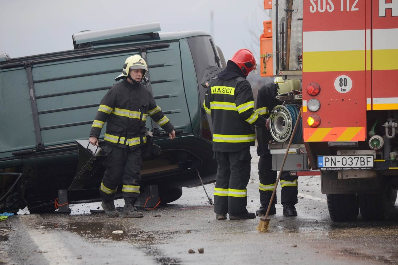 nehoda_drahovce_02