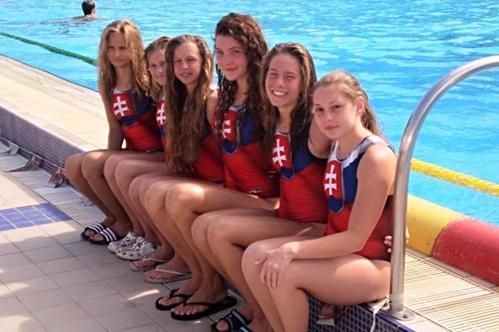Zľava piešťanské reprezentantky: Kissová, Sedláková, Kolárová, Rybanská, Baranovičová, Budková