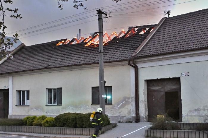 požiar vrbové 2