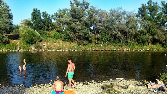 rieka vah prudy plaz